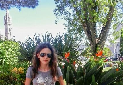 Adrianna Bodziony: Uwielbiam podróżować, poznawać świat i uczyć się języków obcych.