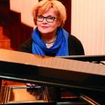 """Violetta Łabanow-Jastrząb, prezes Fundacji """"Muzyka jest dla wszystkich"""": W Święta śpiewajmy Maleńkiemu! Na co dzień muzykujmy z dziećmi. To poprawia ich pamięć, kreatywność, ułatwia naukę języków."""